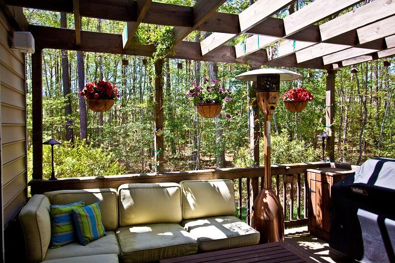 Habillez votre terrasse avec une pergola en bois1