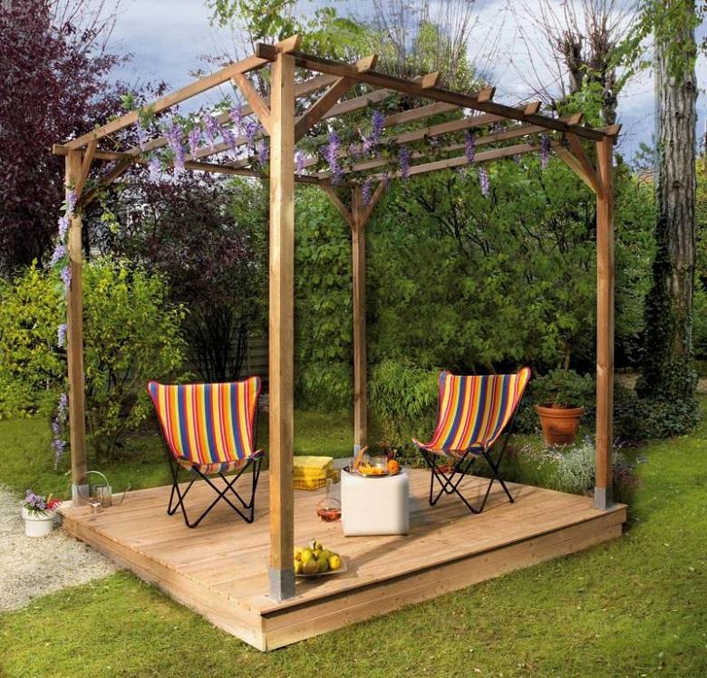 Habillez votre terrasse avec une pergola en bois2