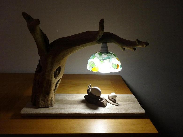 J'opte pour le recyclage créatif avec la lampe en bois flotté2