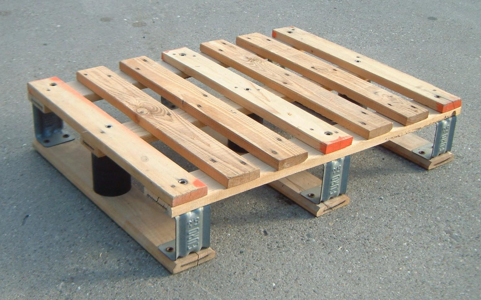 Comment Faire Une Balancelle En Palette la palette en bois a la côte !