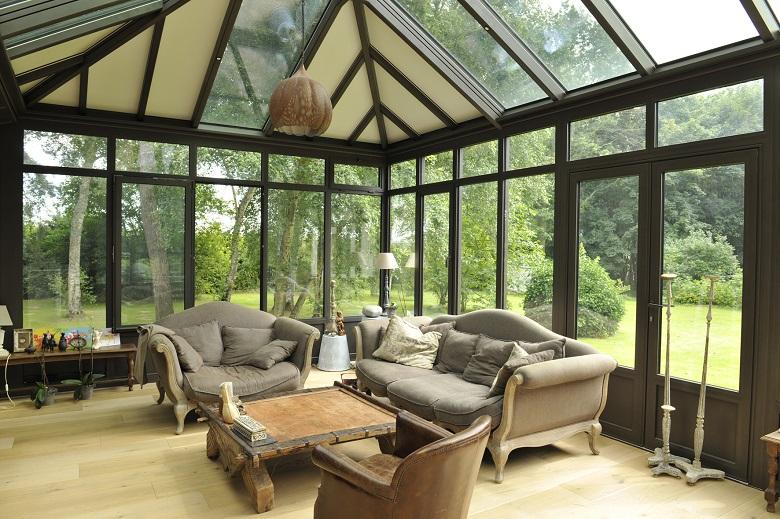 Transparence totale sur la toiture en verre 4