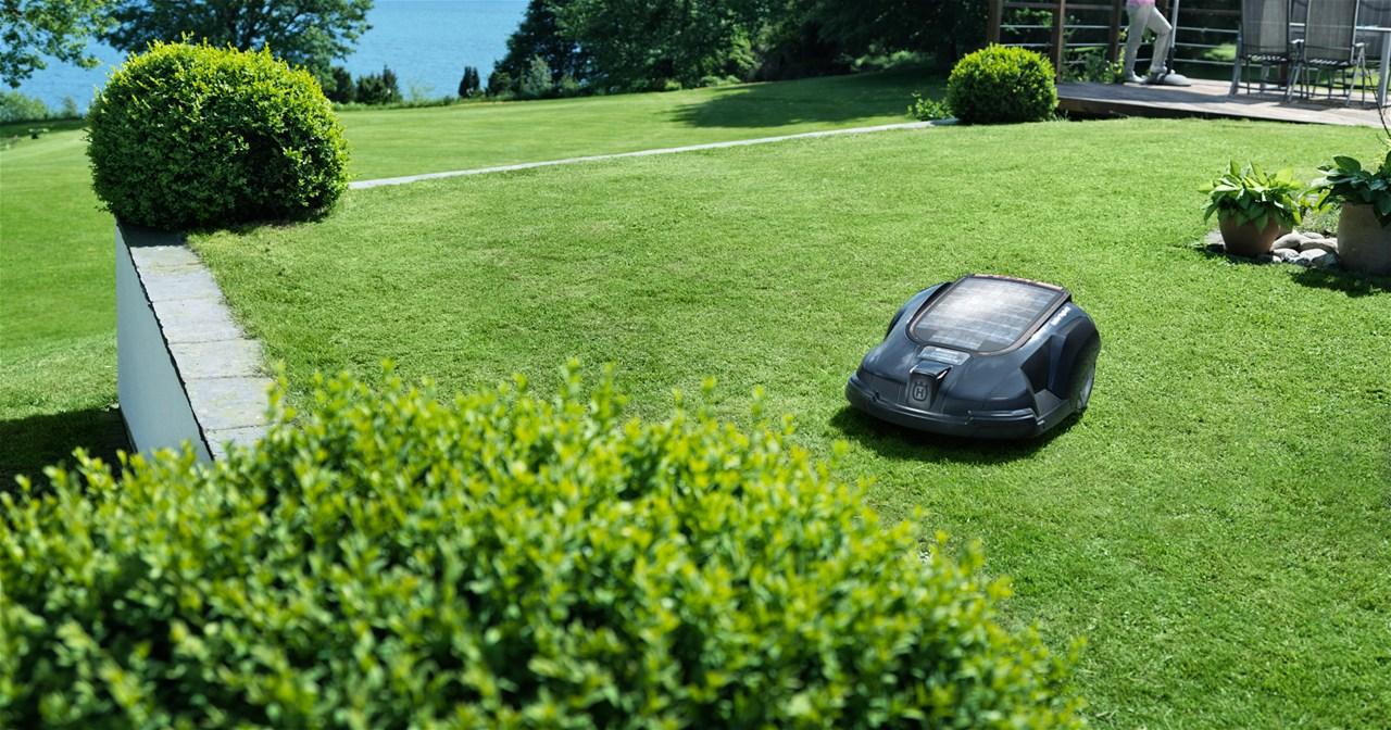 comment jardiner correctement sur un terrain en pente. Black Bedroom Furniture Sets. Home Design Ideas