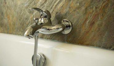 Feuille de pierre salle de bain
