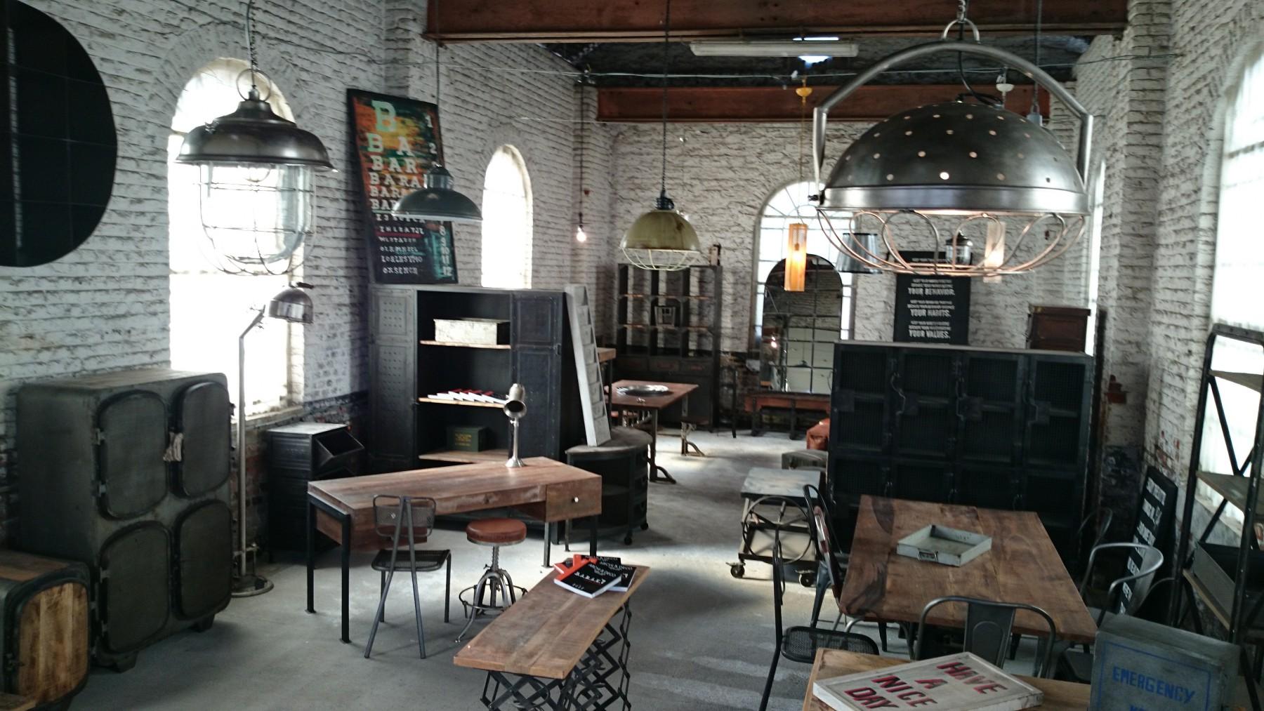 style industriel les bases de la d coration industrielle. Black Bedroom Furniture Sets. Home Design Ideas